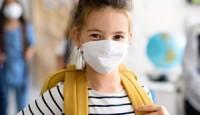 Okula Giden Çocuklar Büyükler için Risk Oluşturabilir